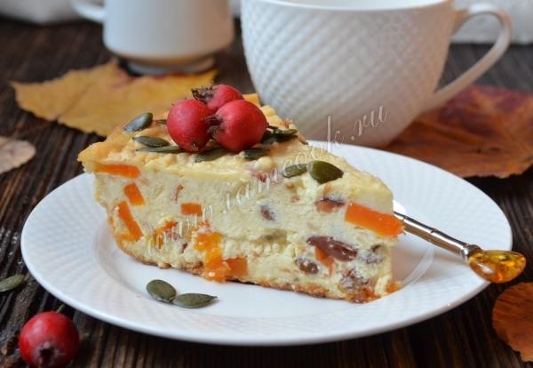 Блины на молоке с кармелизированной тыквой и яблоком под малиновым соусом 8
