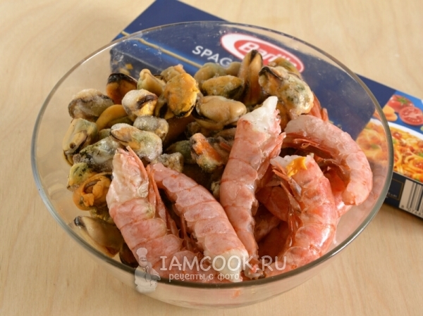 Спагетти с морепродуктами в пергаментном мешочке, пошаговый рецепт с фото