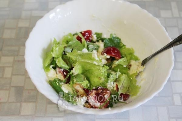 Размешать салат