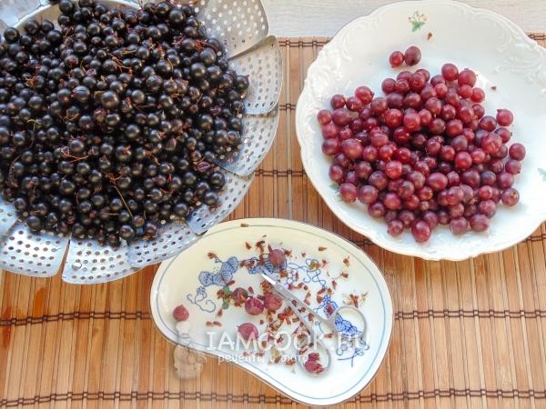 Удалить хвостики у ягод