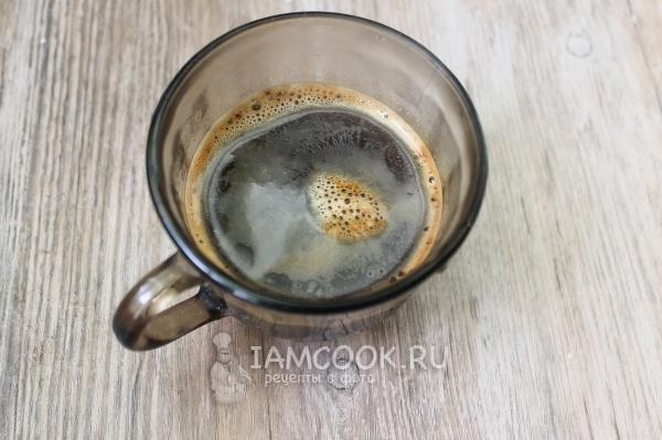 Залить кофе кипятком