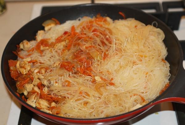 Зимний минестроне с курицей и чесночными брускеттами, пошаговый рецепт с фото