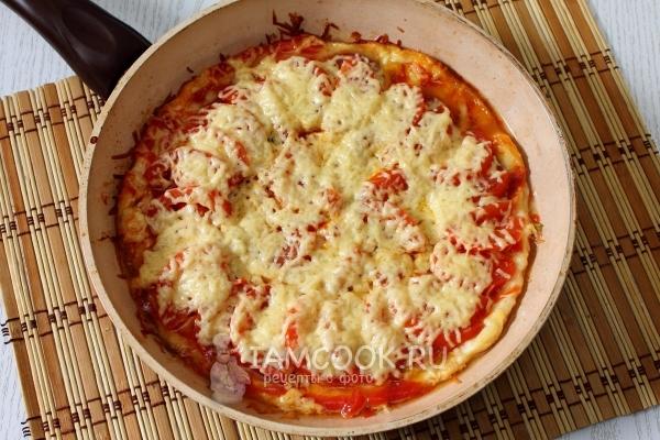 Рецепт пиццы за 10 минут на сковороде