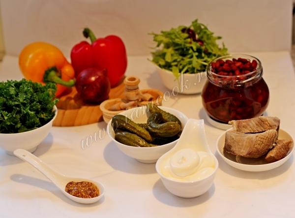 Ингредиенты для салата с говядиной и фасолью